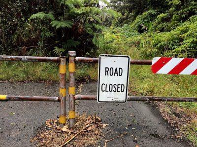 roadblock-road-closed-roadsign